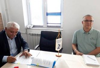 """Primarul Lucian Ciobanu: Am semnat contractul de finanțare pentru proiectul transfrontalier """"Artă şi cultură"""" in valoare de  1.487.271, 41 euro"""